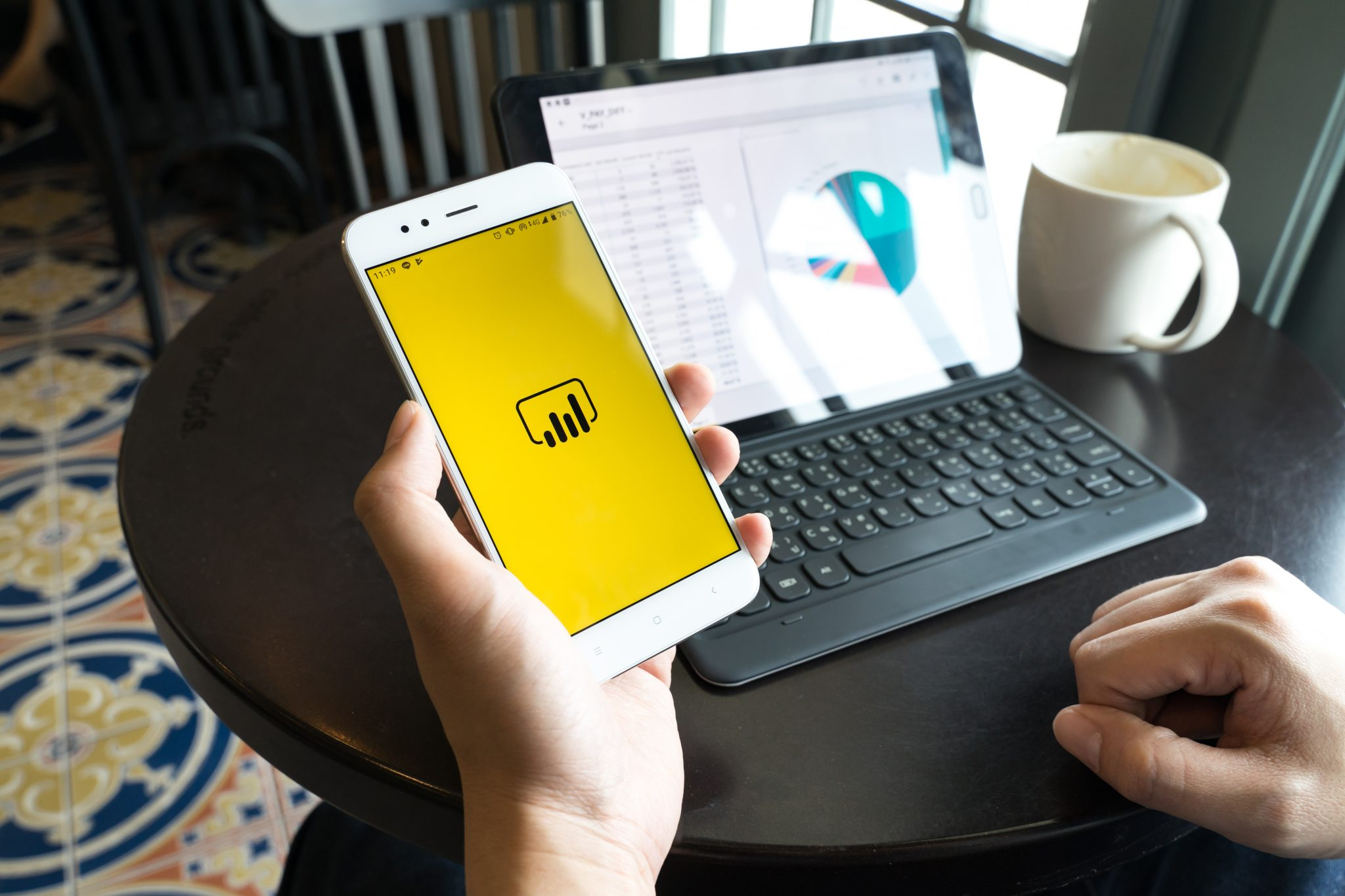 Power BI Reports on Phone and Laptop
